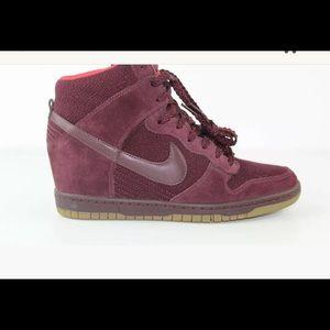 Nike WMNS Dunk Sky Hi Wedge Heel